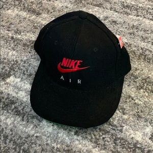 Vintage Nike Air SnapBack Cap with pin